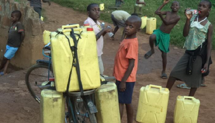 ウガンダ国 自転車プロジェクト~貧困層の新たな雇用を創出する!