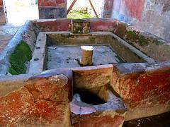ローマの共同洗濯場跡